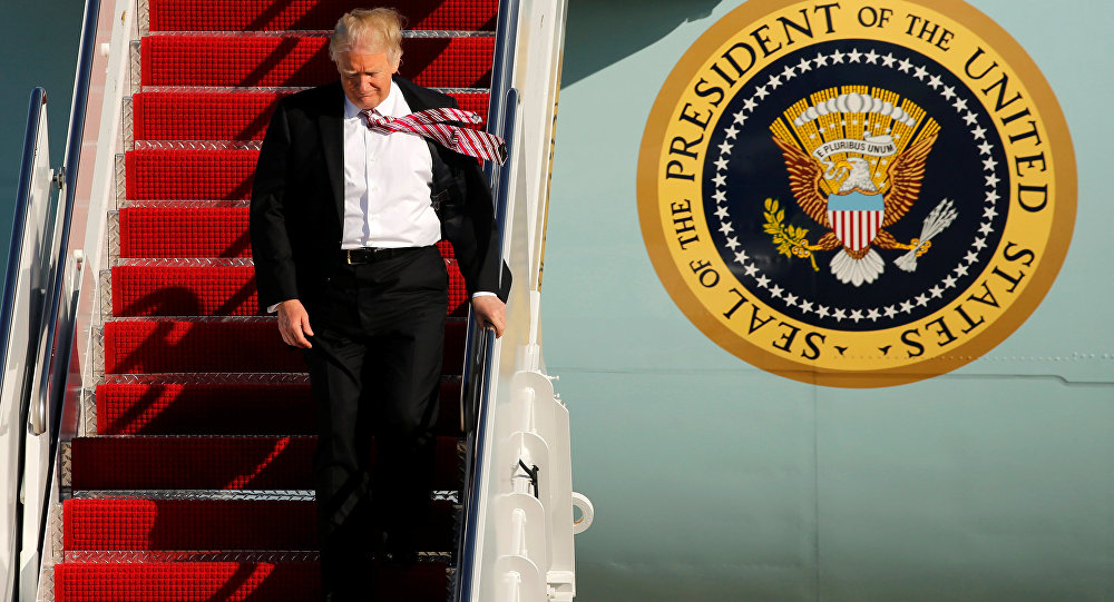 ABD Başkanı Donald Trump, Air Force One uçağında