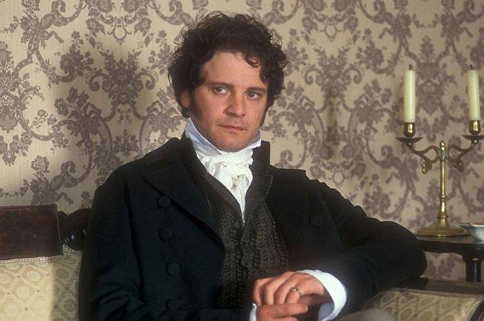 Firth, 1995 yapımı BBC'nin Aşk ve Gurur uyarlamasında Bay Darcy'yi oynamıştı.