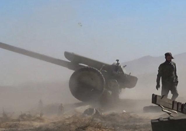 Suriye silahlı kuvvetleri IŞİD militanlarına ağır kayıplar yaşatmaya devam ediyor.