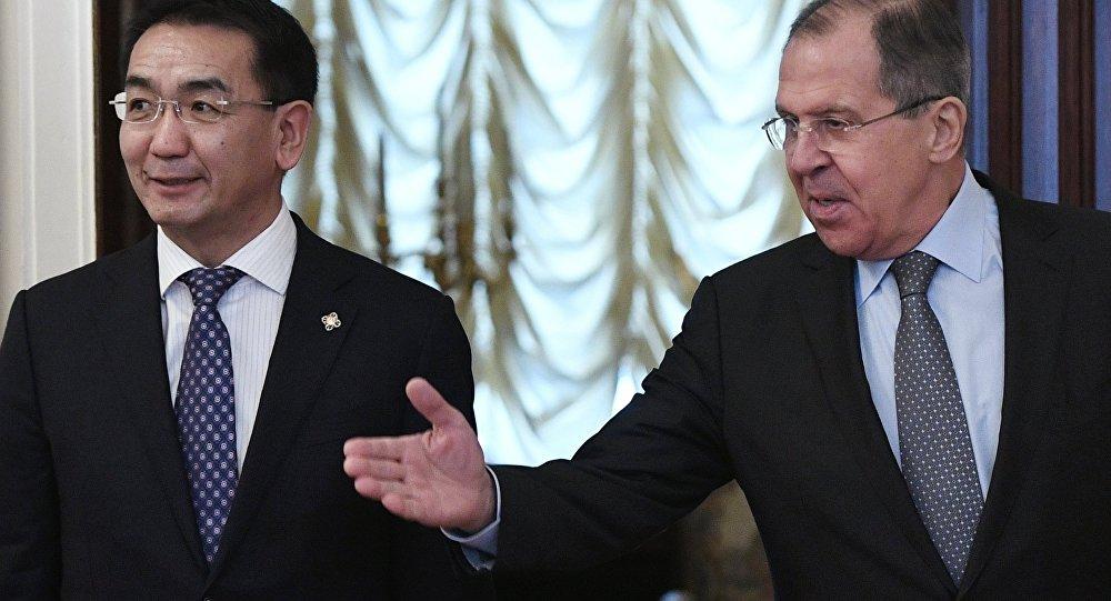 Rusya Dışişleri Bakanı Sergey Lavrov ile Moğol mevkidaşı Tsend Munkh-Orgil