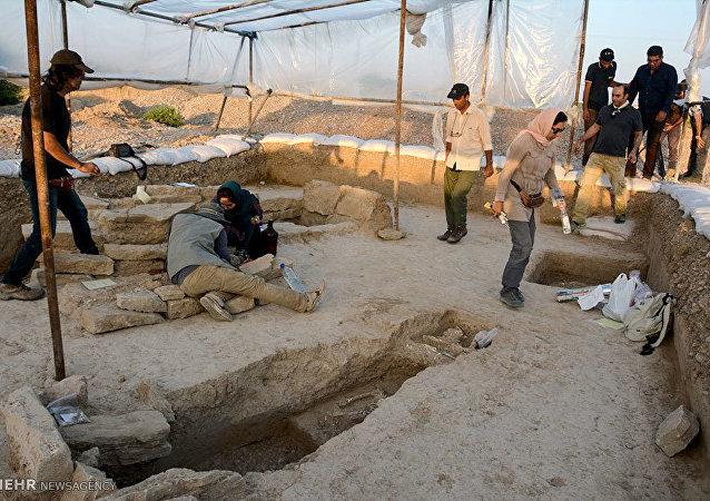 İran'da bir arkeolojik mezar