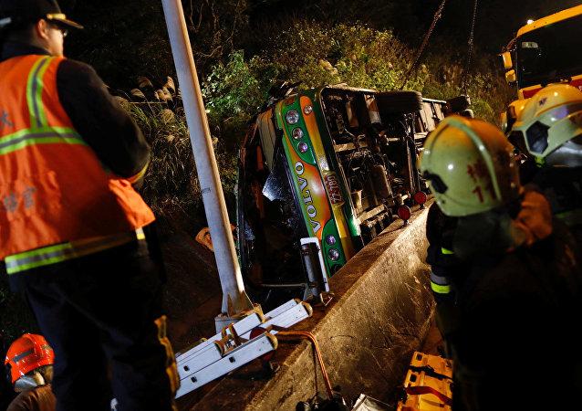 Tayvan'da son 30 yılın en büyük trafik kazası: 32 ölü