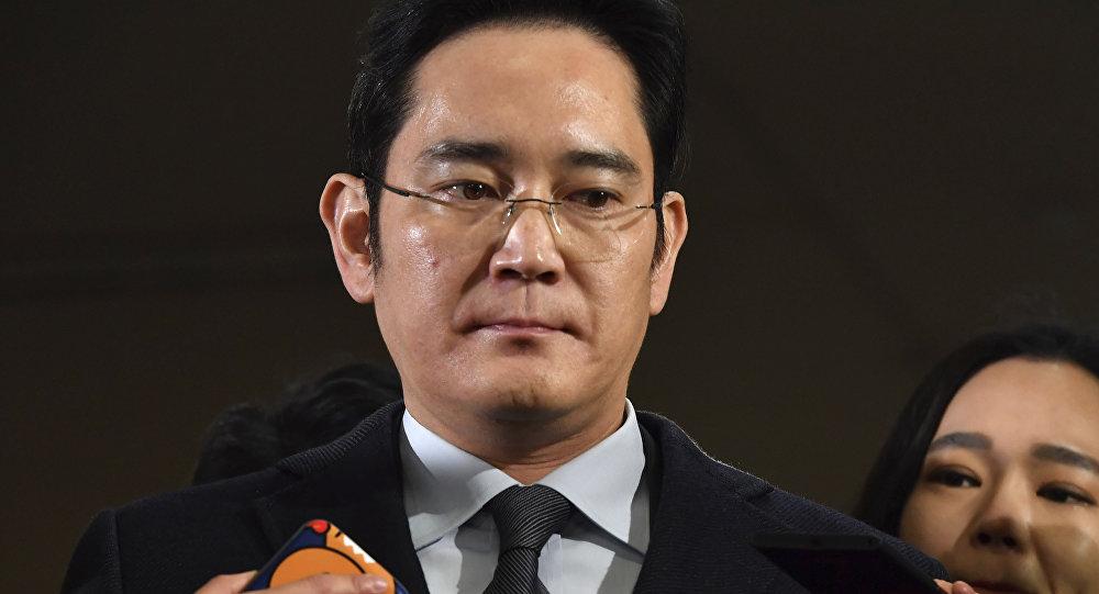 Güney Kore'deki cumhurbaşkanı-tarikat-yolsuzluk skandalında Samsung Genel Müdür Yardımcısı'na bu kez 2.5 yıl hapis