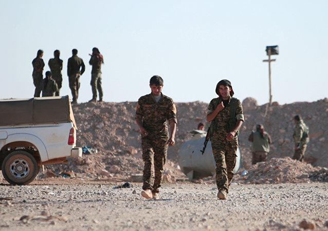 Rakka'nın kuzeyindeki Demokratik Suriye Güçleri (DSG)
