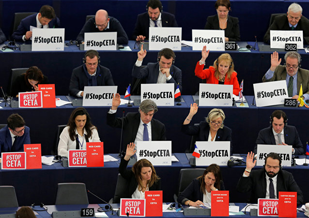 Avrupa Parlamentosu / CETA