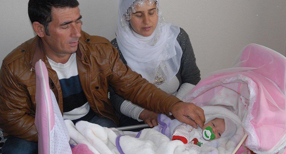 Mustafa Çelik, Songül Çelik ve 'Evet' bebek