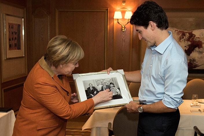 Almanya Başbakanı Merkel ve Kanadalı mevkidaşı Trudeau