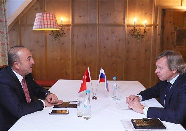 Mevlüt Çavuşoğlu Aleksey Puşkov ile görüştü