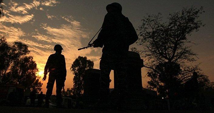 Hindistan, sınır bölgesinde Pakistan'ı vurdu