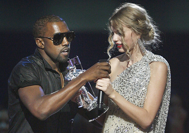 Kanye West - Taylor Swift