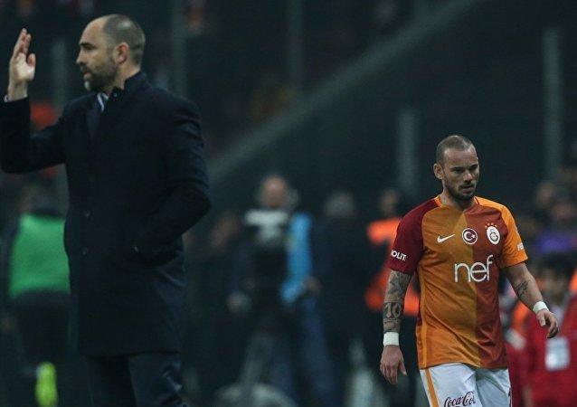 Wesley Sneijder - Igor Tudor