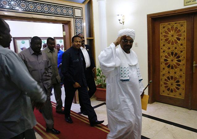 Sudan'da 28 yıl sonra ilk başbakan Bekri Hasan Salih