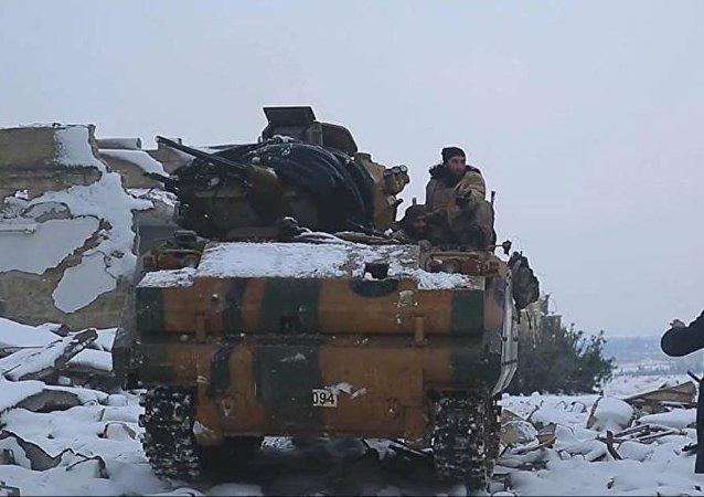 AVC-15 zırhlı personel taşıyıcı