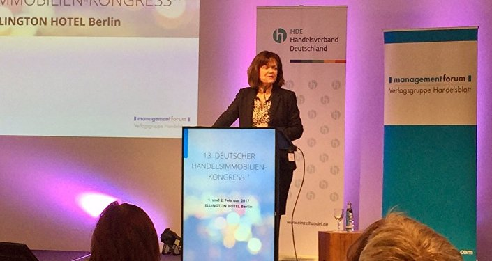 Alman Belediyeler Birliği Başkanı Eva Lohse