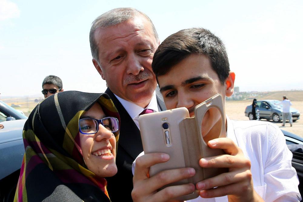 Cumhurbaşkanı Recep Tayyip Erdoğan, Ankara'daki Özel Kuvvetler Komutanlığı'nı ziyareti sırasında.