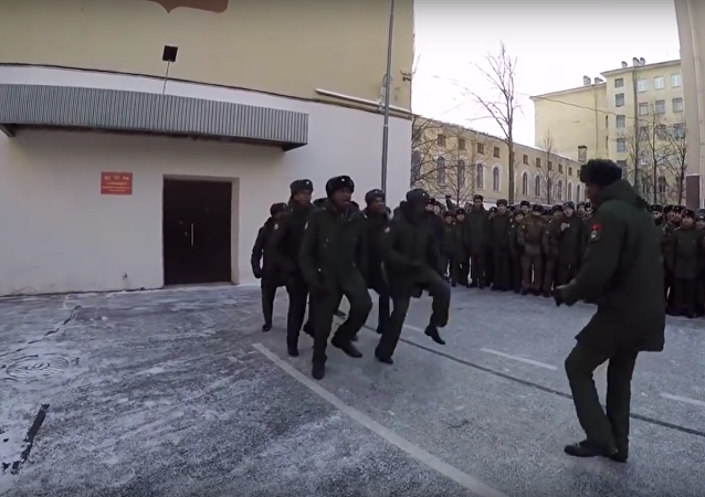 Angola'lı askeri öğrenciler bu danslarıyla Rusya'da birinciliği kazandı