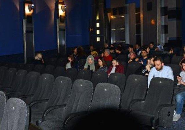 'Reis' filmi sinemayı dolduramadı - Almanya