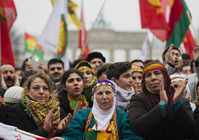 Almanya'da Öcalan posterlerinin yasaklandığı iddia edildi