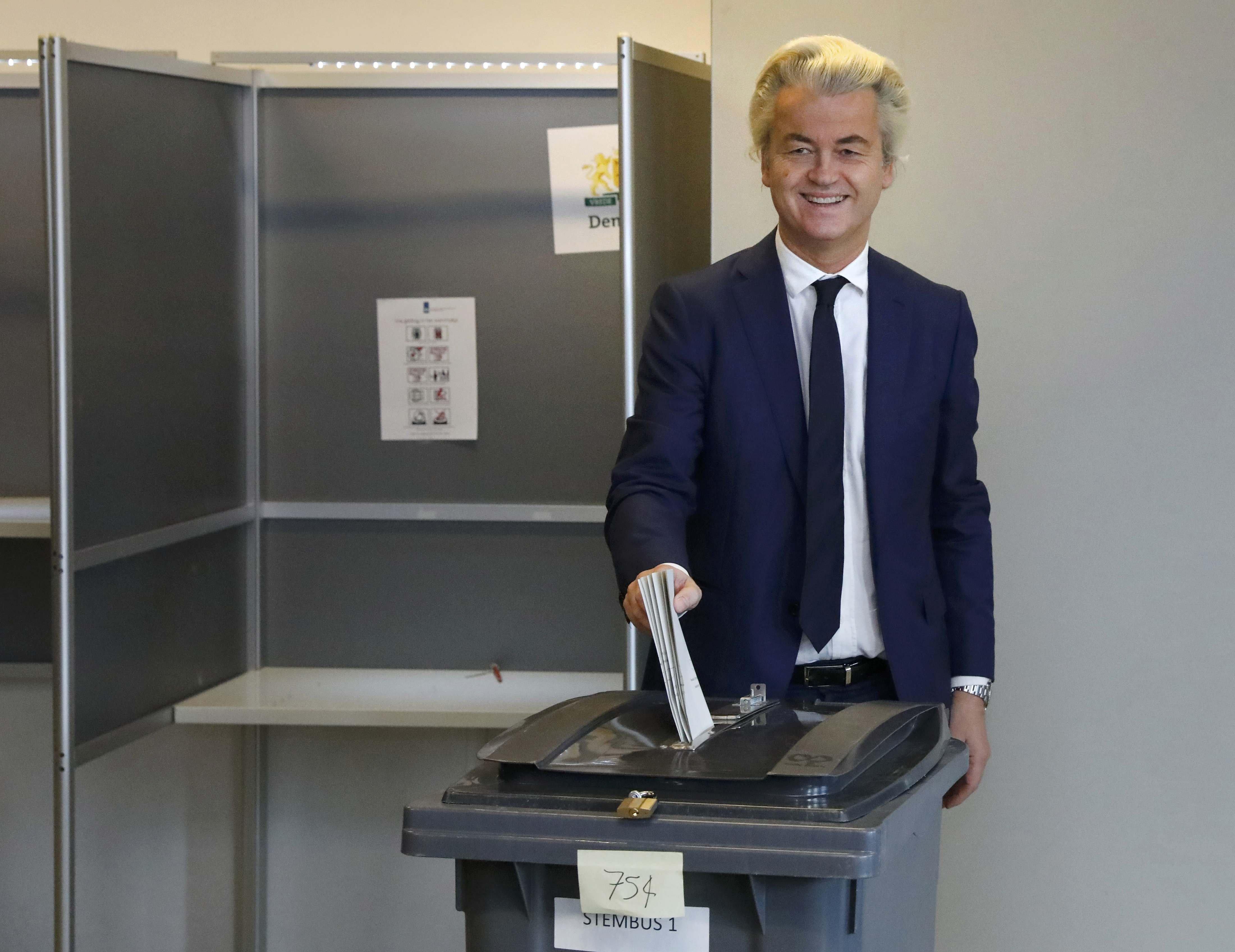 PVV lideri Geert Wilders, oyunu Lahey'de kullandı