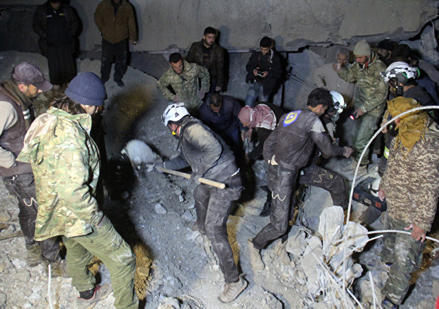 Suriye'nin El Cinah köyünde vurulan cami
