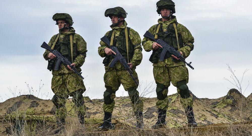 Kırım'da askeri tatbikat