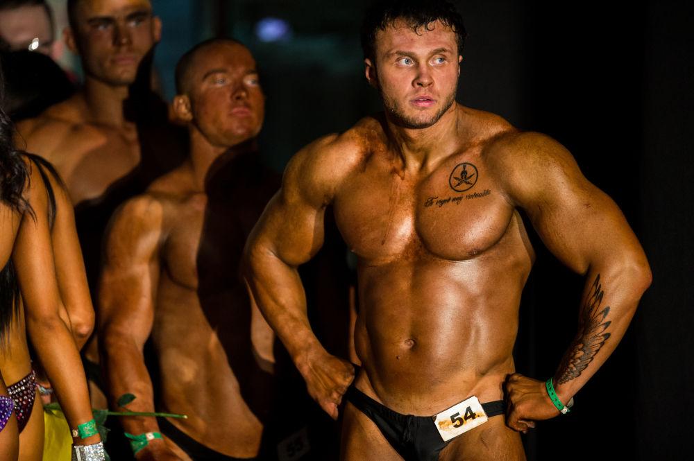 Rusya'nın Omsk kentindeki vücut geliştirme şampiyonası