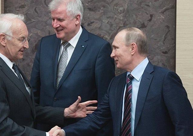 Edmund Stoiber, Horst Seehofer ve Vladimir Putin