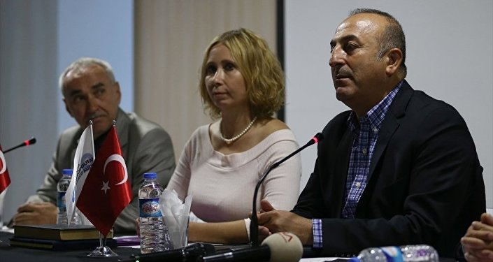 Dışişleri Bakanı Mevlüt Çavuşoğlu -  Rus Sanat ve Kültür Derneği Başkanı İrina Balcı