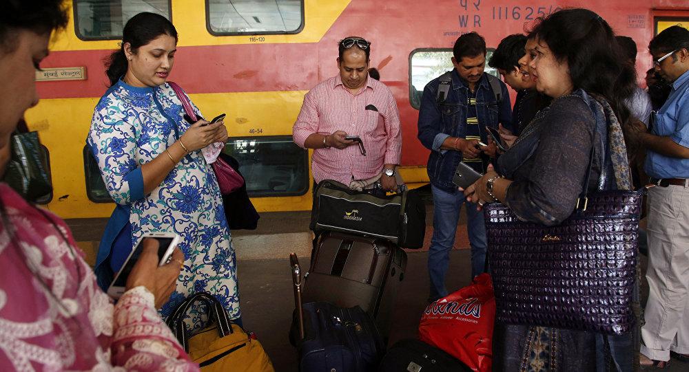 Hindistan'da bir tren istasyonu