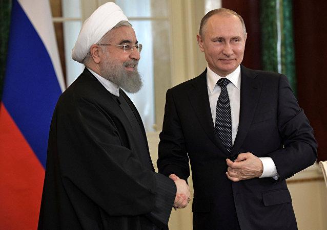 İran Cumhurbaşkanı Hasan Ruhani ve Rusya Devlet Başkanı Vladimir Putin