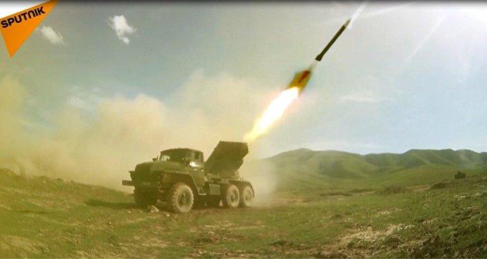 Rusya-Tacikistan ortak askeri tatbikatı sona erdi