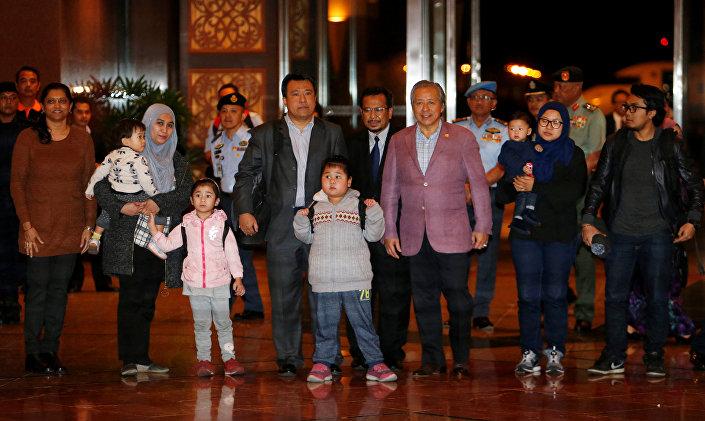 Kuzey Kore ülkeden ayrılamalarına izin vermediği 9 Malezya vatandaşını serbest bıraktı