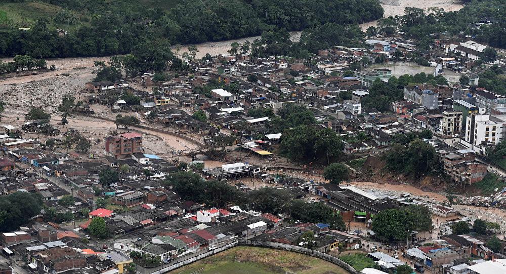 Kolombiya'da sel bilançosu belli oldu: 370 ölü