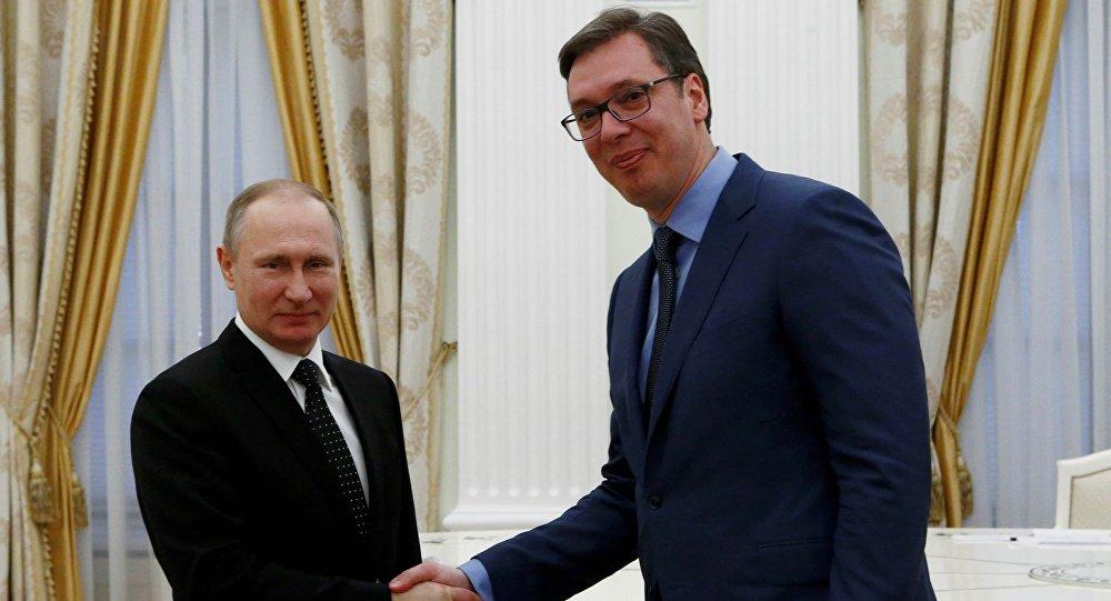 Rusya Devlet Başkanı Vladimir Putin ve Sırbistan'ın yeni devlet başkanı Aleksandr Vuçiç