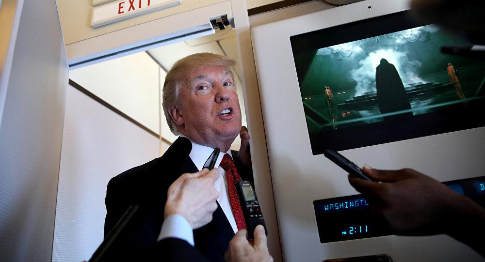 Trump, Şi'yle görüşeceği Palm Beach'e giderken Air Force One'daki gazetecilere açıklama yaptı.