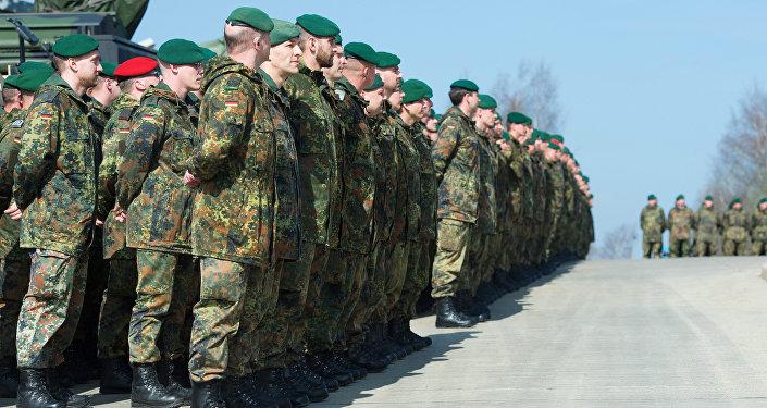Alman askerler