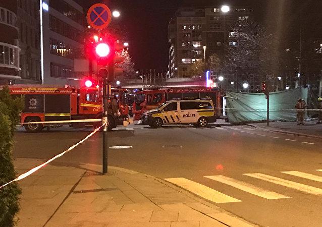 Norveç'in başkenti Oslo'da bombaya benzer patlayıcı madde bulunan cadde polis kordununa alındı