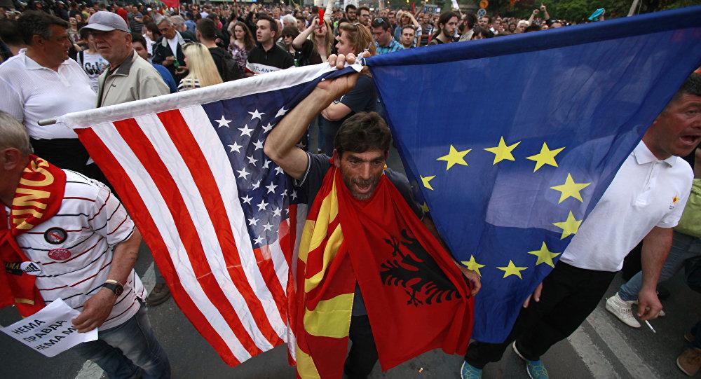 Rusya, Makedonya'nın iç işlerine müdahale ediyor