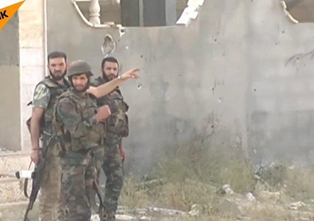 Suriye ordusu, çetelere karşı savaşıyor