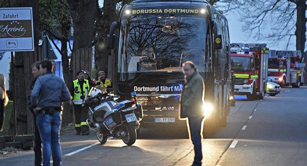 Dortmund futbol takımına ait otobüs