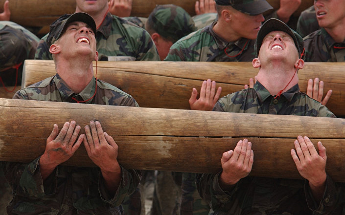 Eğitim sırasında ABD'li elit Navy SEAL komandoları