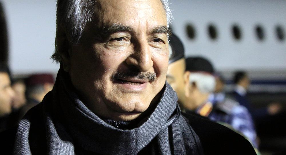 Libyalı komutan Haftar'dan Rus üssü iddialarına yanıt