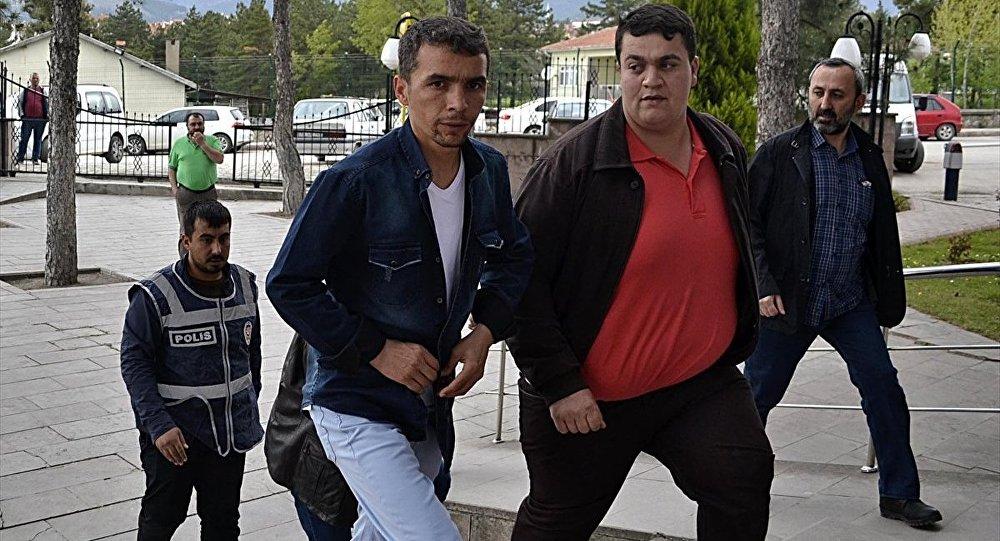Karabük'te 32 kişi sandık başında gözaltına alındı