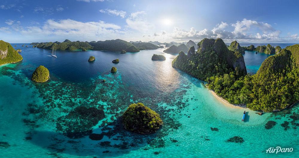 Wayag adaları, Raja Ampat, Endonezya.