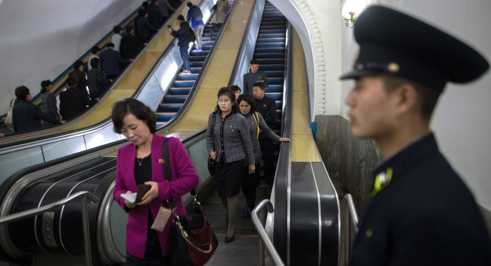 Kuzey Kore'nin başkenti Pyongyang metrosu