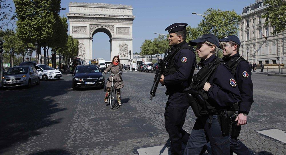 'Paris'teki saldırı, Türkiye'nin Kültür Müşavirliği'ni koruyan ekibe yapıldı'