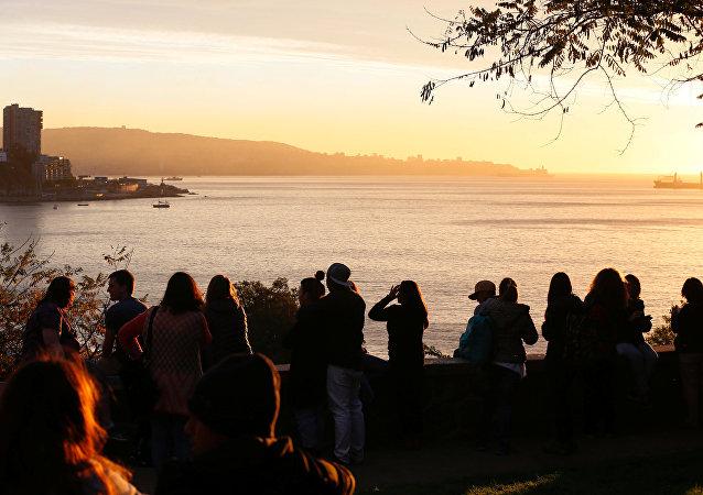 Şili'de 7.1 büyüklüğündeki depremden sonra tsunami alarmı verildi