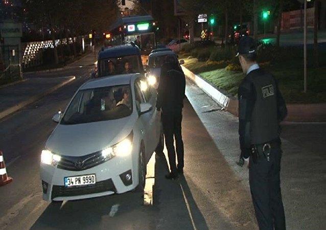 İstanbul polisinden 'Yeditepe Huzur' denetimi