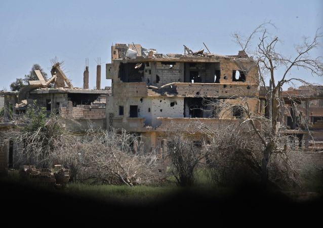 Deyr ez-Zor, 2014 eylül ayından bu yana kuşatma koşullarında yaşıyor.