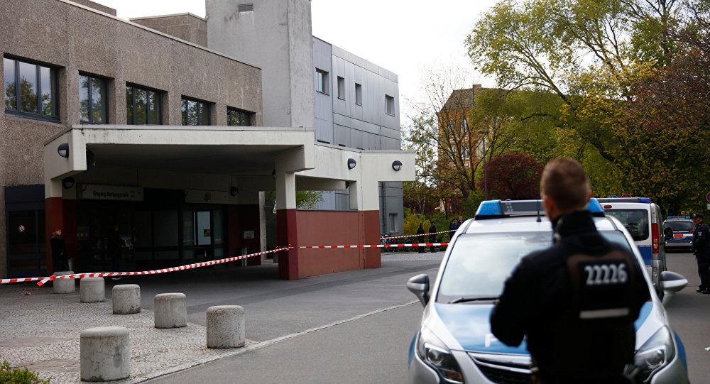 Berlin'de polise saldıran kişi etkisiz hale getirildi